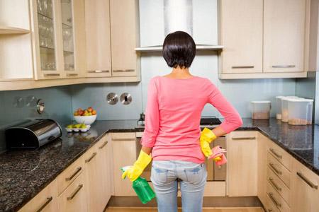 روش های پاک کردن چربی کابینت ,پاک کردن لکه های چربی از کابینت ها ,ترفندهایی برای پاک کردن چربی کابینت